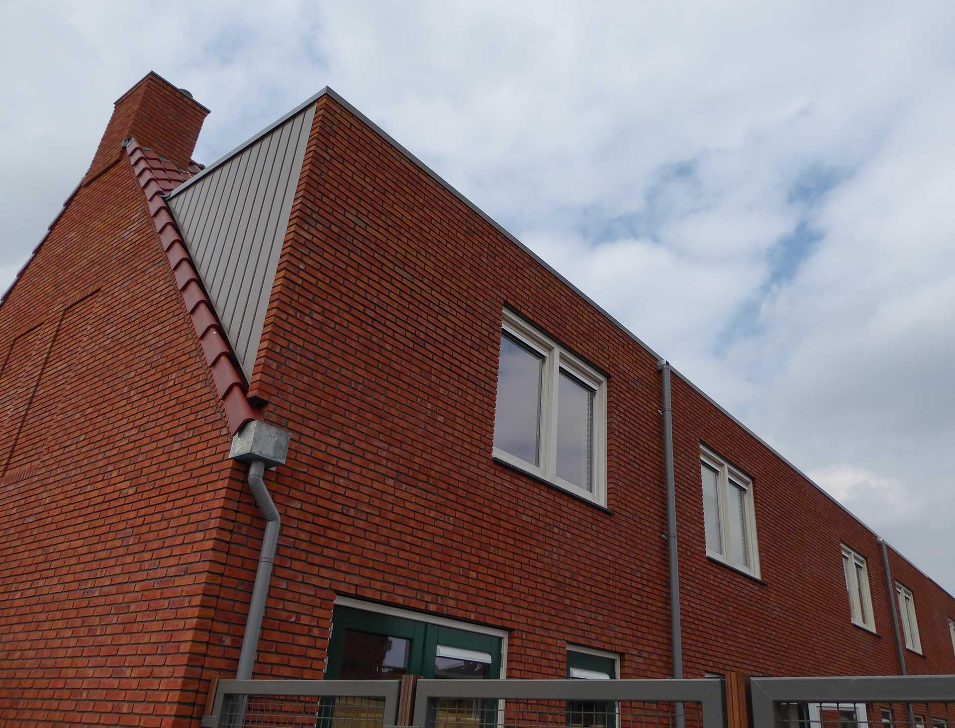 Havenbuurt Zaandam rij huizen met rode baksteen