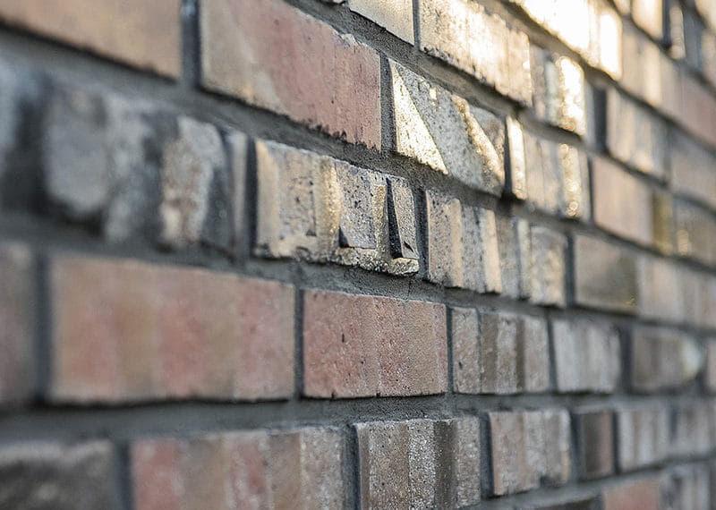 Muur met groffe stenen, de Rough Brick