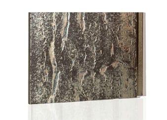 Een goudachtige tegel van Argeton special editions tegen een witte achtergrond