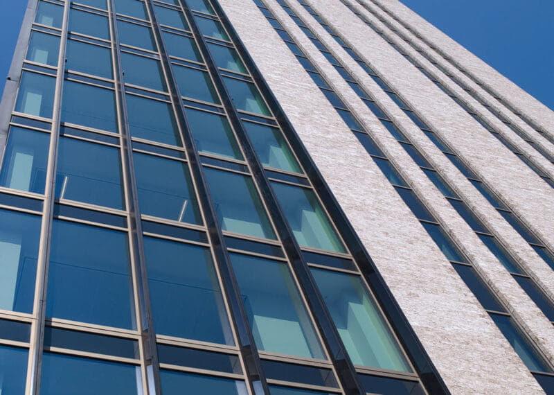 Toren met Clickbrick en andere materialen