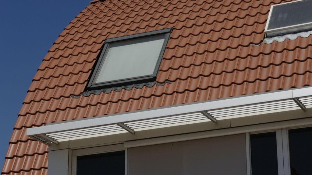 oranje dakpannen verankeren - aberson geeft advies