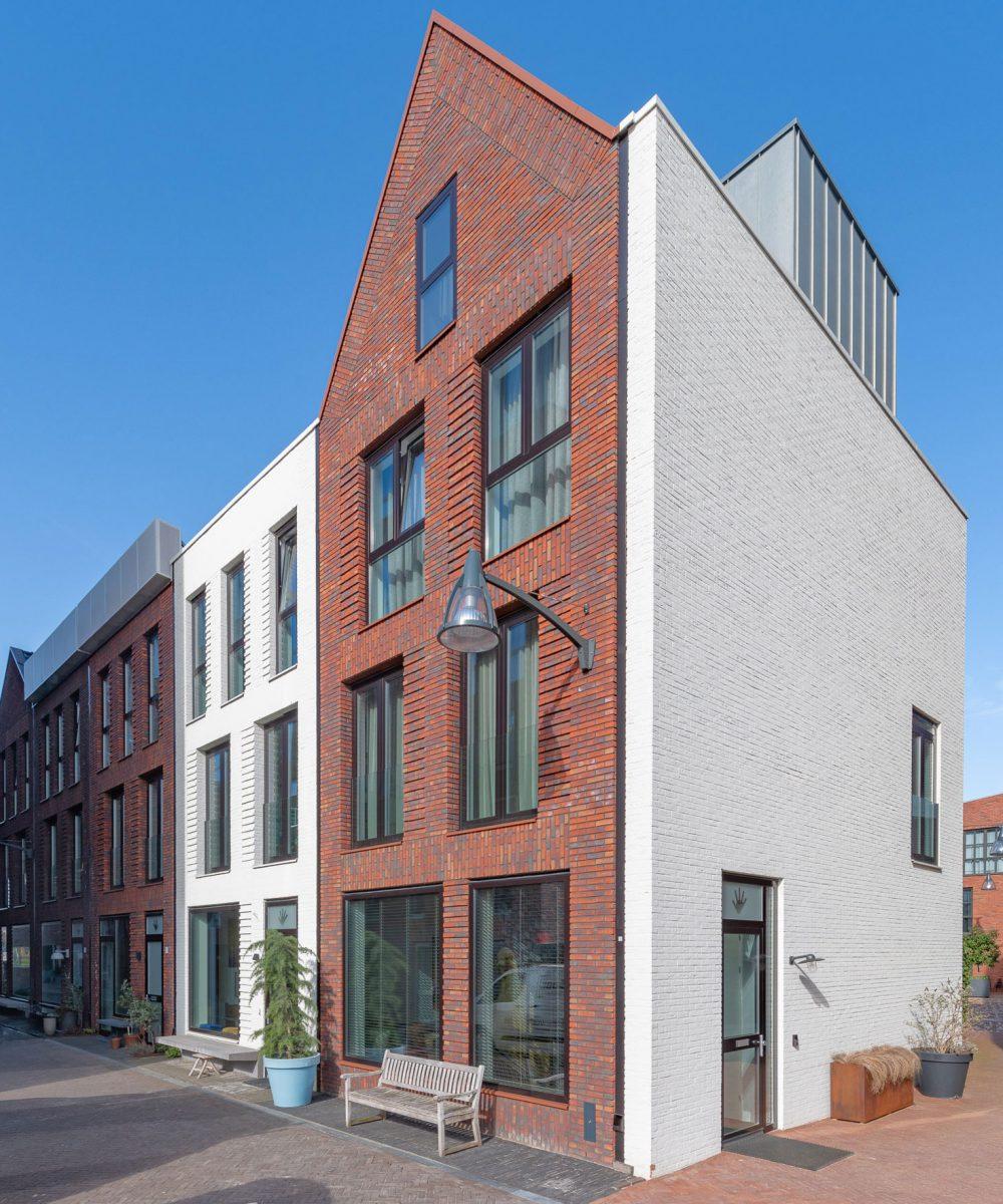 Kraanbolwerk-Zwolle-Gevelstenen Aberson-hanzehuizen